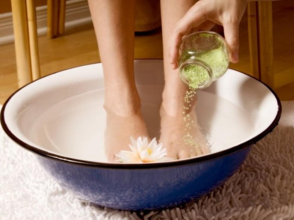 pėdų hipertenzija karštame vandenyje