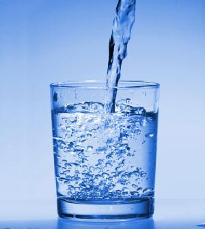 gyvas vanduo gydant hipertenziją hipertenzija kokius tyrimus reikia atlikti