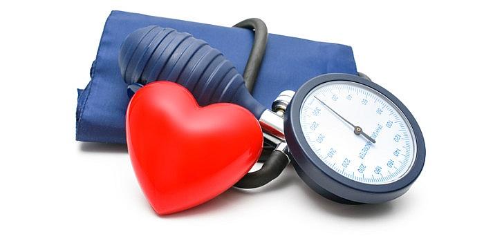 disinhibicinė hipertenzija