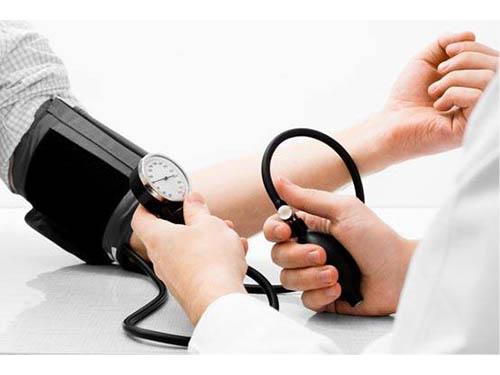 Hipertenzija – kodėl spaudimą matuotis būtina?