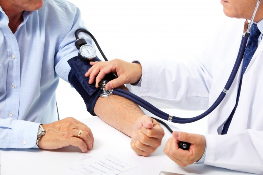 nikotino hipertenzija