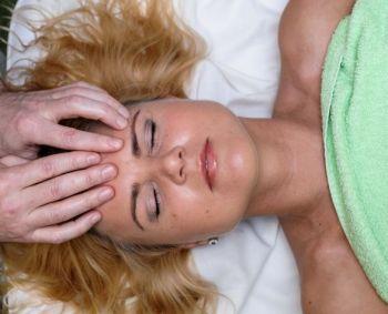 Kosmetologė: veido savimasažas – žingsnis atgal į jaunystę