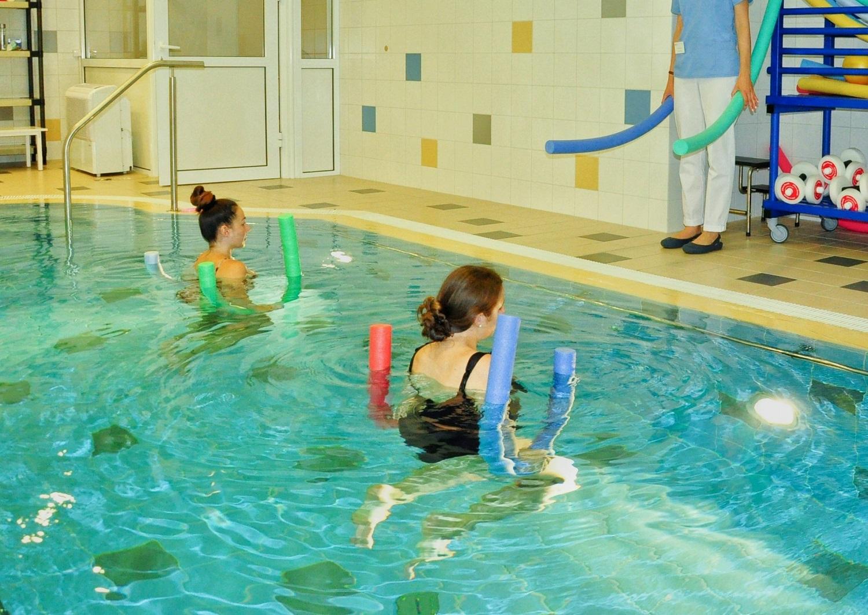 ar galima treniruotis baseine su hipertenzija bendrieji hipertenzijos skundai