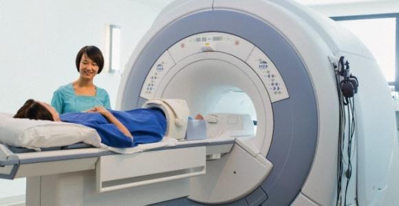 """Įdiegta nauja magnetinio rezonanso sistema """"OPTIMA MR360"""""""
