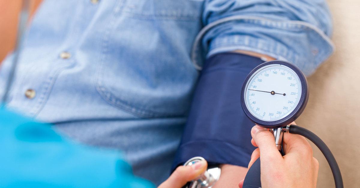 lenktynių vaikščiojimas dėl hipertenzijos