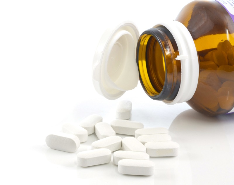 Aspirinas su Clopidogrel po implantacijos po kateterio aortos vožtuvo ar ne?