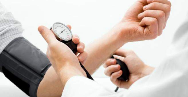 vykstantys hipertenzijos tyrimai)