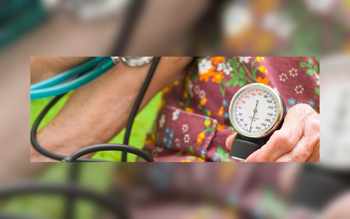kodėl sergant hipertenzija negalima gerti daug skysčių
