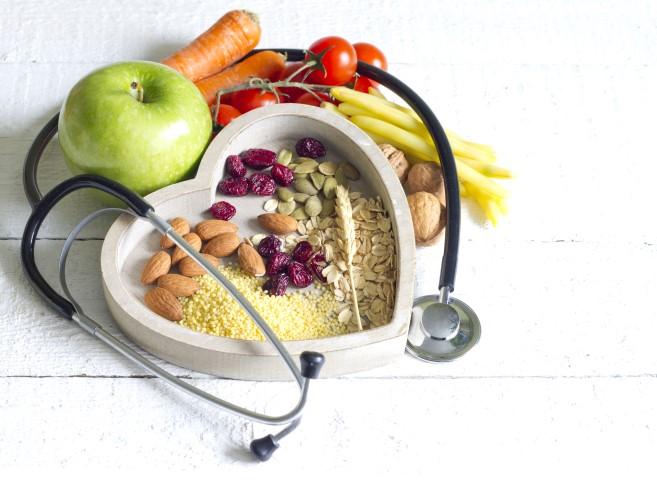 ar hipertenziją galima išgydyti mityba?)