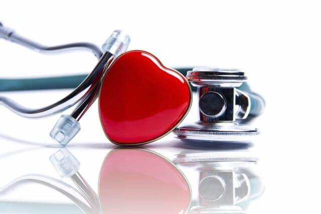 pratimai dėl širdies ir kraujagyslių įrangos hipertenzijai gydyti)