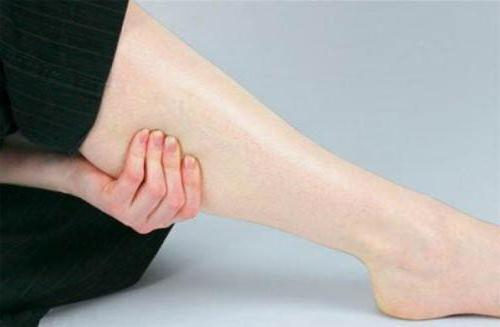 hipertenzija kojų mėšlungis