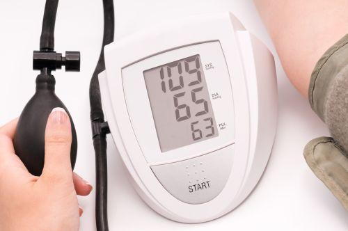 žemo kraujospūdžio priežastis esant hipertenzijai