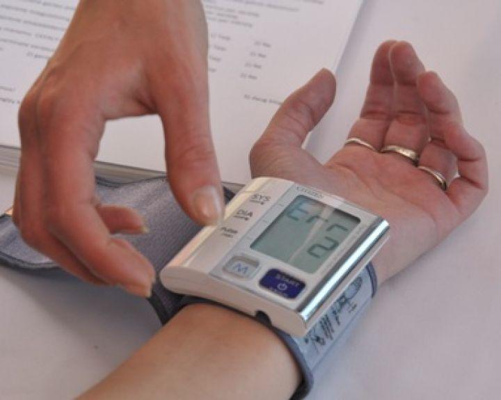 donoras sergant hipertenzija gydo hipertenziją namuose