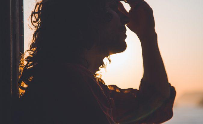 galvos skausmas pakaušyje ir hipertenzija