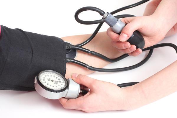 pirmieji hipertenzijos simptomai)