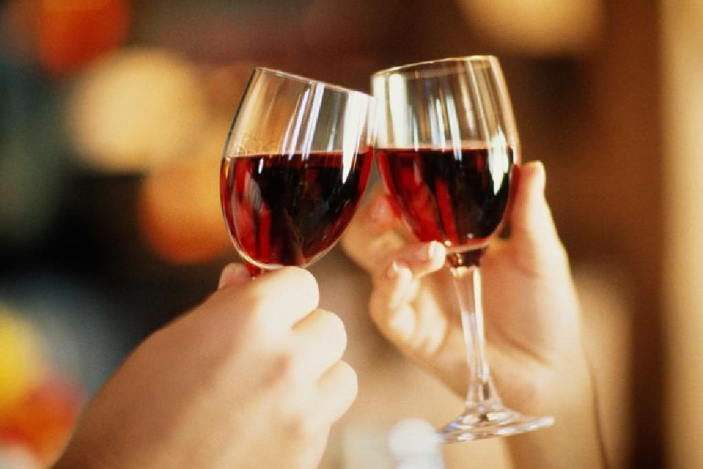 raudonojo vyno širdies sveikatos tyrimai)