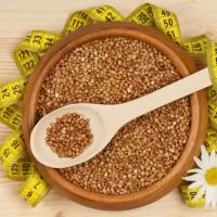 Grikių dieta gali padėti atsikratyti svorio. Visos paslaptys ir receptai.
