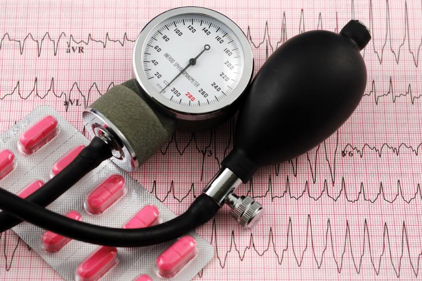 hipertenzija paūmėjimo metu)